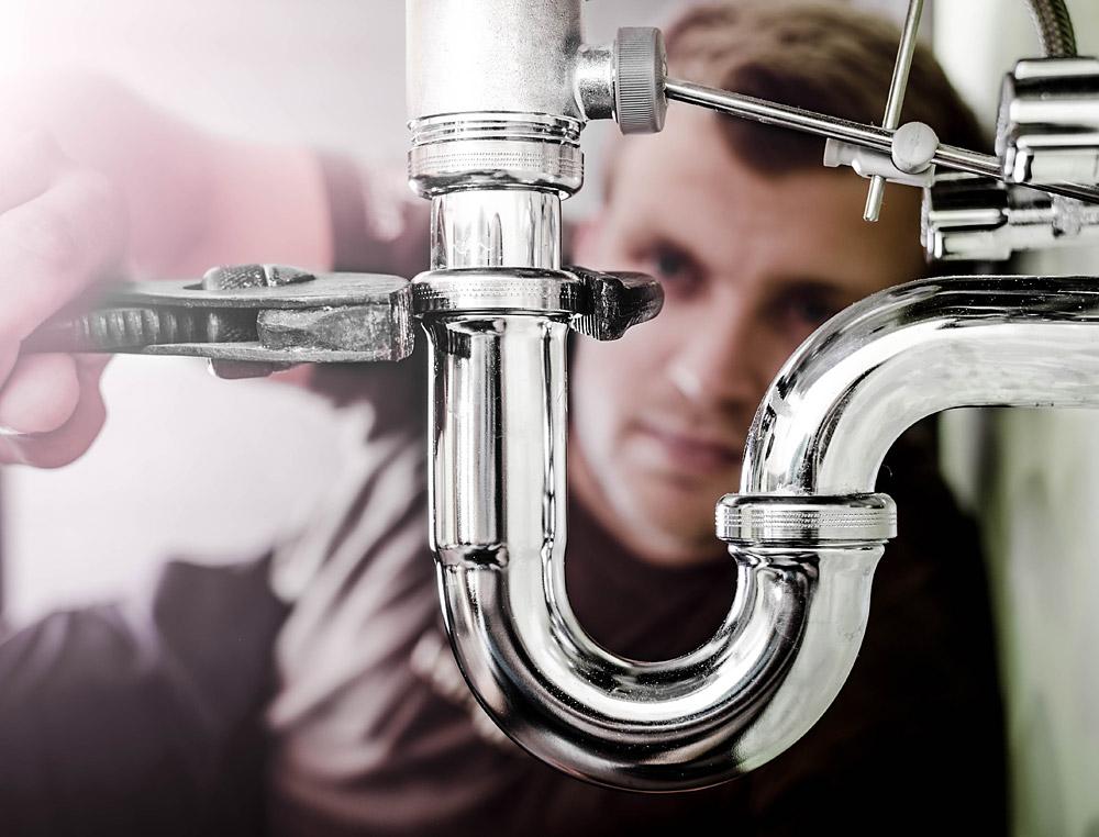 monteur-sanitär-osmoseanlage-bluuwa-water-solutions